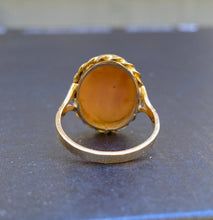 Load image into Gallery viewer, Vintage 18K Gold Italian Shell Three Graces Cameo Ring