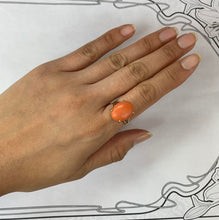 Load image into Gallery viewer, Vintage 14K Gold Natural Coral Solitaire Ring