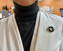 Load image into Gallery viewer, Vintage 18K Gold and Platinum Onyx and Diamond Circle Pin Brooch