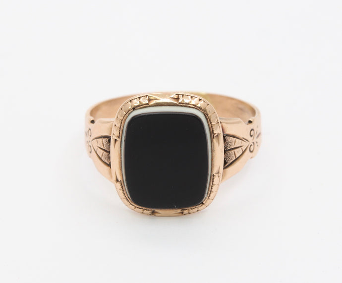 Victorian 14K Gold Banded Agate Unisex Signet Ring