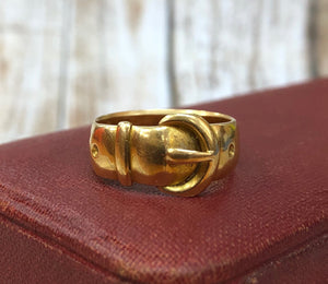 Vintage 18K Gold Buckle Ring Stacking Band - alpha-omega-jewelry