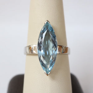 Vintage Marquis Aquamarine and 18K White Gold Solitaire Ring