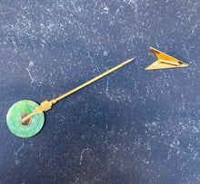 Load image into Gallery viewer, Art Deco 14K Gold and Green Jade Arrow Jabot Pin