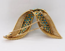 Load image into Gallery viewer, Vintage French 18K Gold and Turquoise Bird Wings Brooch Clip - alpha-omega-jewelry