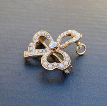 Load image into Gallery viewer, Edwardian 14K Gold, Diamond and Split Pearl Clover Shamrock Pendant, Pin