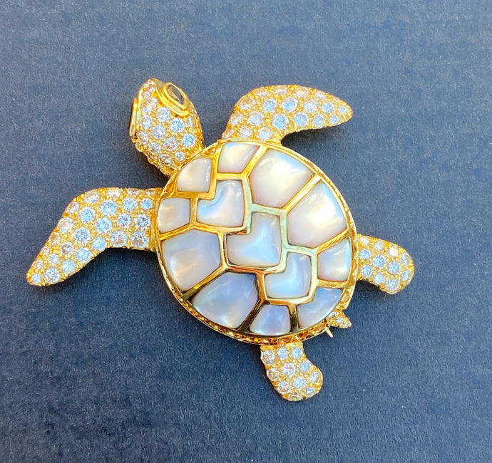 Jean Vitau 18K Gold 4.3 Carat Diamond and Mother of Pearl Turtle Brooch