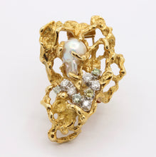 Load image into Gallery viewer, Vintage Arthur King 18K Gold Baroque Pearl and Diamond Modernist Brooch