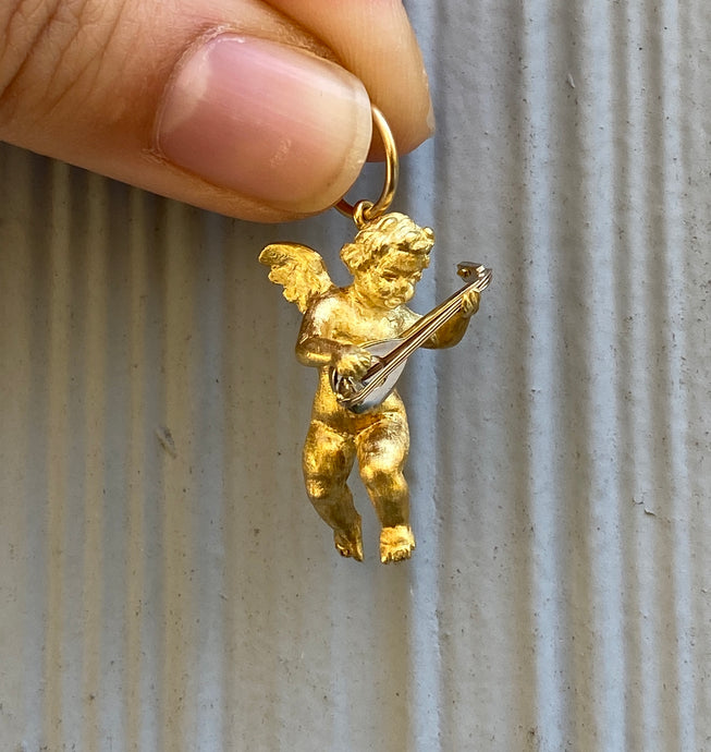 Heavy 18K Gold Angel Cherub Cupid Pendant Charm