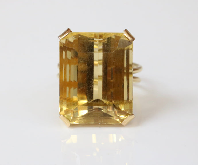 Vintage 18K Gold and 26 Carat Citrine Cocktail Dinner Ring