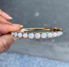Load image into Gallery viewer, Vintage Australian Opal and Diamond 14K Gold Bangle Stacking Bracelet