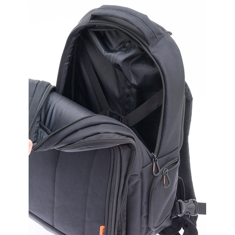 THE CHASE Backpack with wheels