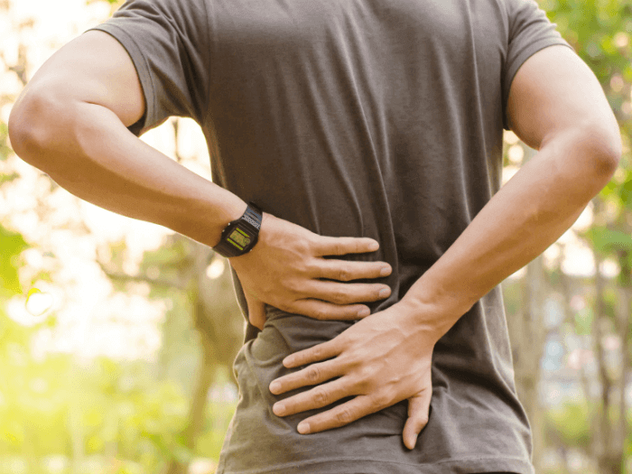 Back Pain at Work: Preventing Pain & Injury