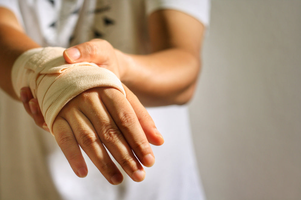 How to Strap Your Wrist After Injury