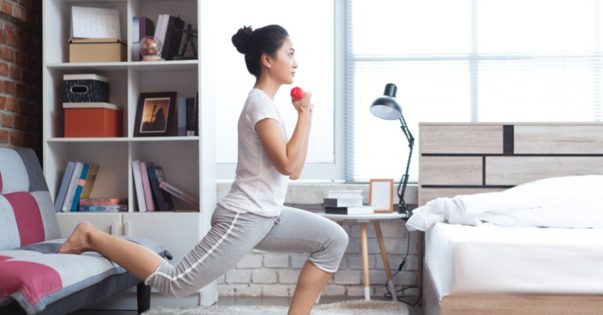 Split Squats: at-home knee strength exercise