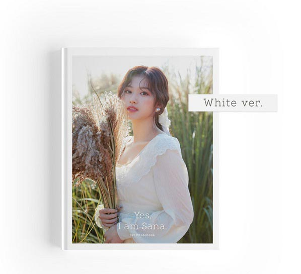Sana 1st Photobook - Yes, I Am Sana - [Preventa]