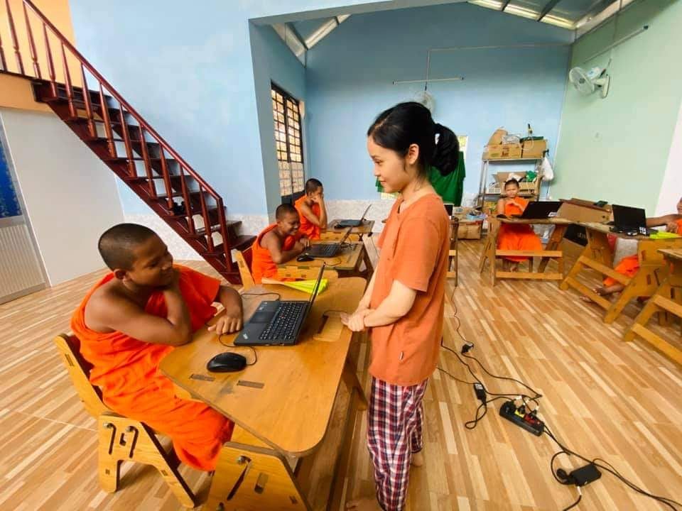 Vietnam Education IT Engineering Social Classes