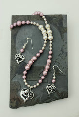 mother-child-heart-with-powdered-rose-creamrose-necklace-earrings