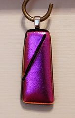 satin-dichroic-fushia-fused-glass-pendant