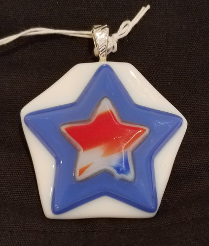 Patriotic-Fused-Glass-Streaky-Star-Pendant-Red-White-Blue-USA
