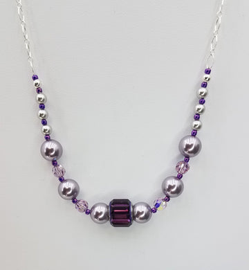 Amethyst crystal & crystal pearl Necklace