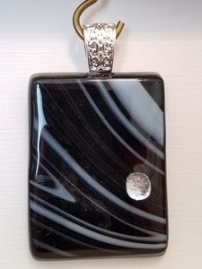 fused-glass-pendant-dichroic-black-white-silver