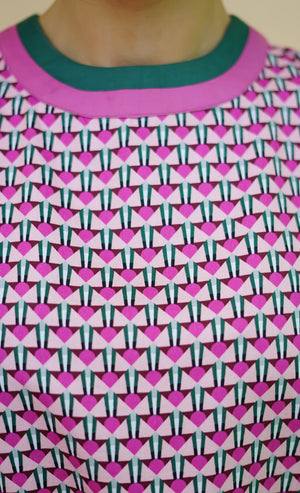 GEOMETRIC PINK CROP TOP