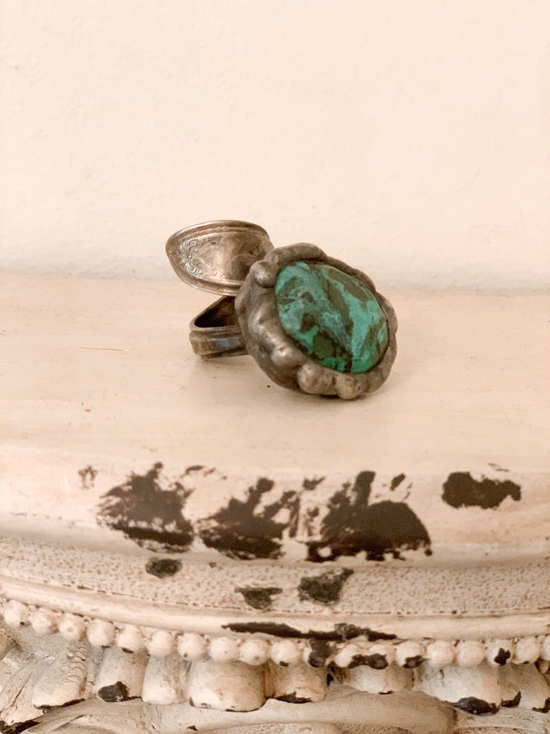 Vintage Spoon Turquoise Ring- Size 7