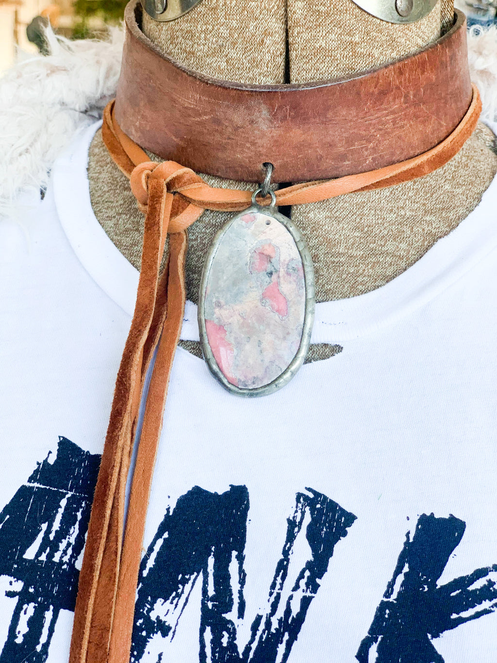 Boho Leather Choker - Pink Stone