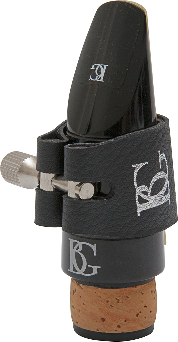BG Ligature & Cap Bb Clarinet, Revelation Silver, Silver Plated Support, Red Sling