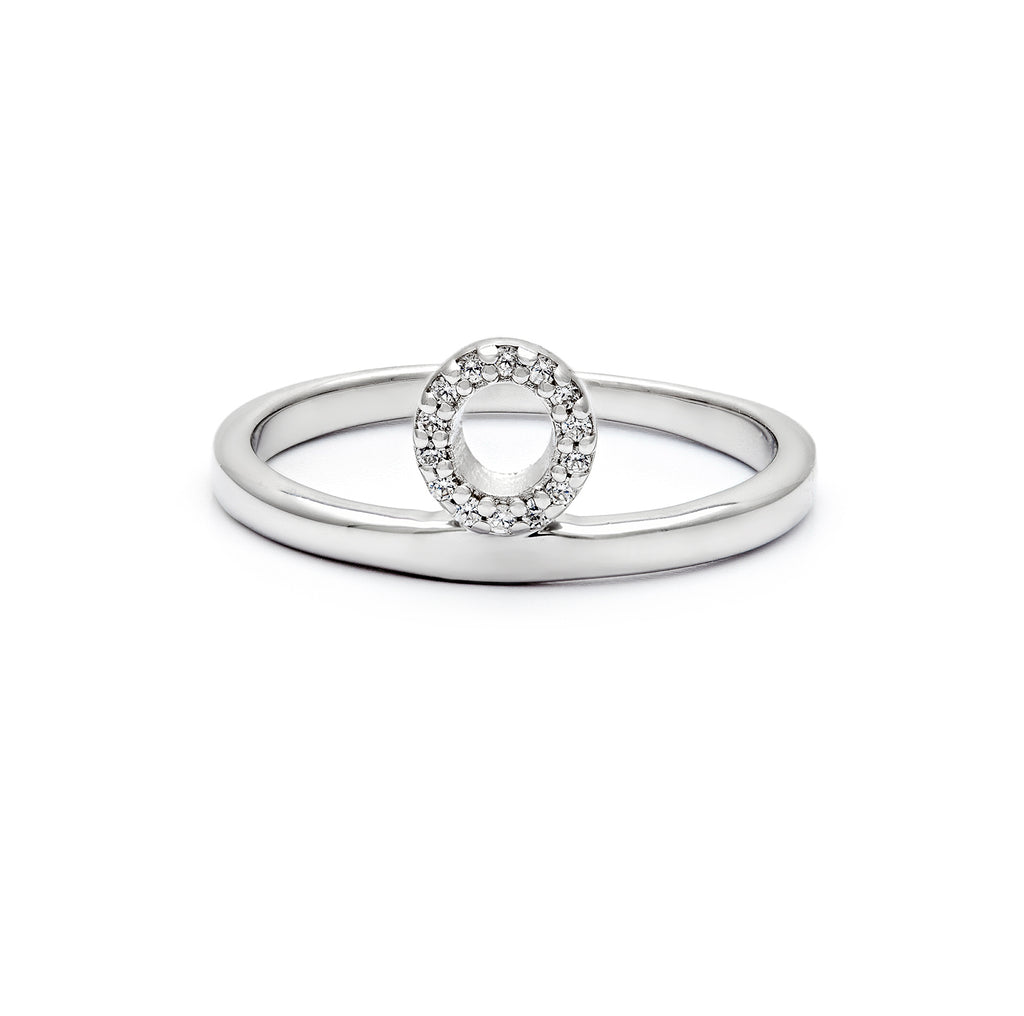 Sterling silver & cubic zirconia O ring