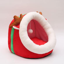 Load image into Gallery viewer, Cat Dog Christmas House For Cat Warm Cat Bed With Antlers Cats Basket With Detachable Dog Bed Cute Cat Panier Red Cats Cushion - moonaro