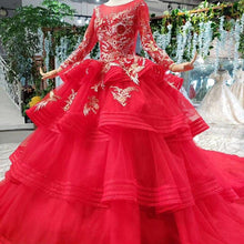 Load image into Gallery viewer, wedding dresses with long sleeves appliques o-neck red wedding gown with tail ball gown lace up back vestido festa
