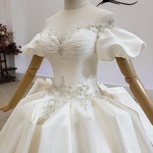 Load image into Gallery viewer, Court style Wedding Dresses Satin Off The Shoulder Short Sleeve Sexy Royal Train Ball Gowns wending dress