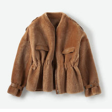 Load image into Gallery viewer, real fur coat slim waist loose winter jacket women real shearling Genuine Leather liner coat vintage clothes natural Fur