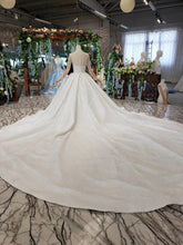 Load image into Gallery viewer, Perspective Crystal Decorated Top Buckle Back Wedding Dresses Long Sleeves Ball-Gowns vesridos de novia