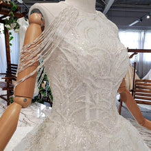 Load image into Gallery viewer, wedding gowns with long train sleeveless beading sequined zipper O-neck pleat wedding dress a line vestido de novia
