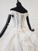 Load image into Gallery viewer, detachable wedding dress v-neck lace up back corset bridal dress boho European style tiktok