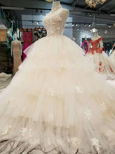 Load image into Gallery viewer, new arrival fairy elegant wedding dresses high neck sleeveless sexy v-back 3D flower cake style wedding gown more layer