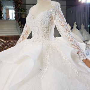 Top And Sleeves Covered With Delicate Decals On The Face Wedding Dress Beading Pearls robe de mariée grande taille
