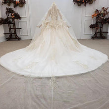 Load image into Gallery viewer, Luxurious Pretty Champagne Sweetheart Crystal Wedding Dress Ball Gown Short Sleeverobe de mariage manche longue