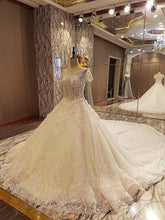 Load image into Gallery viewer, Gorgeous champage bridal gown lace short sleeves ball gown lace wedding dress vestidos de noivas real photos