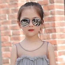 Load image into Gallery viewer, Child Pretty Goggles Girl Alloy Sunglasses Fashion Boy Girl Child Classic Vintage Cute Sunglasses - moonaro