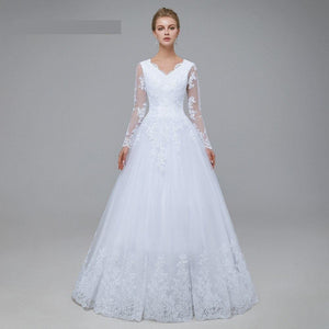 New Romantic V-neck White Wedding Dress with Long Sleeves Summer Lace Appliques Celebrity  A-Line vestido De Noiva