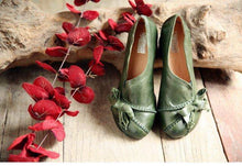 Load image into Gallery viewer, Womens Green Pumps Genuine Sheepskin Leather Ladies 5CM High Heels Shoes Handmade Women Shoes Bowknot Comfortable