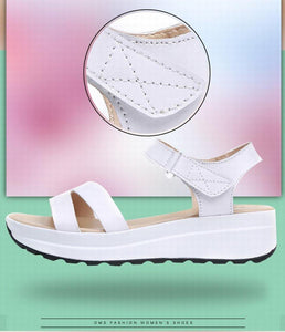 Buckle Strap Style Flat Heel Soft Leather Casual Ankle Strap Woman Beach Sandals