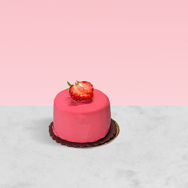 Strawberry & Milk Chocolate Petit Gateaux