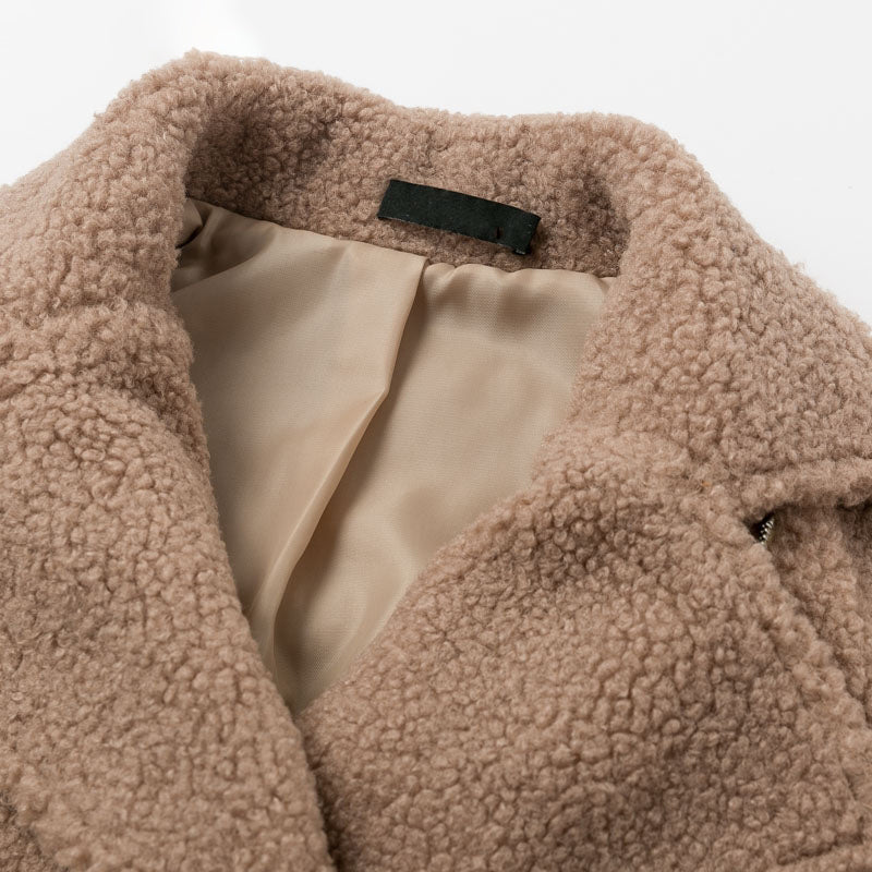 Lamb wool jacket women coat Chic furry turn down collar female jackets Trendy zippr ladies short overcoats