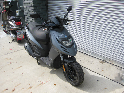 2015 Piaggio Typhoon 125 - Lucid Black - Factory Sale