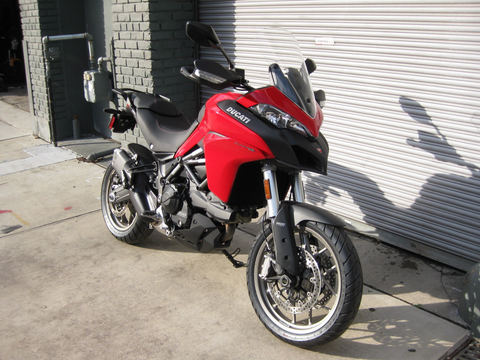 2017 Ducati Multistrada 950 - Red DEMO