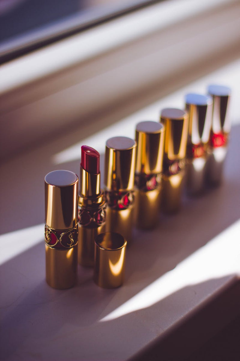 Fashion Investment 101: Red Lipstick